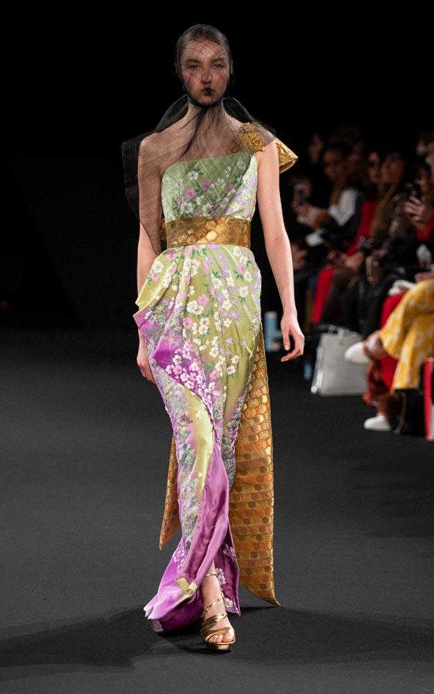 haute couture defile yumi katsura