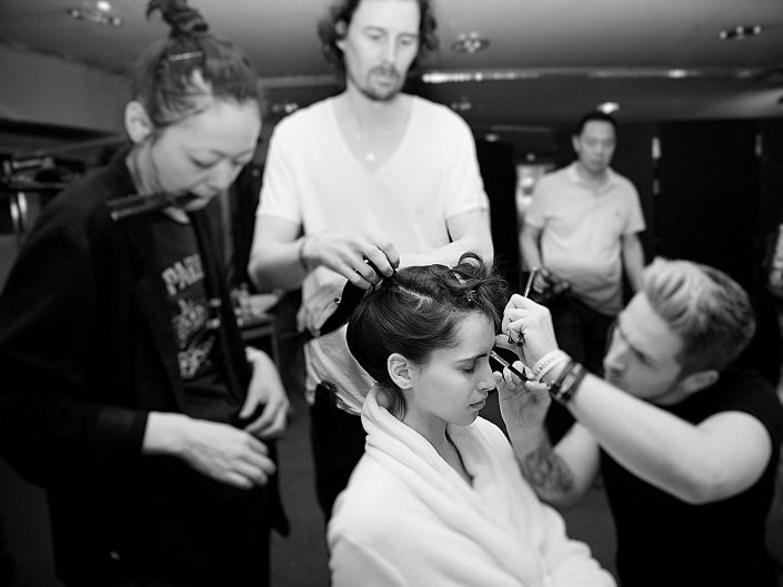 backstage guo pei fashion week