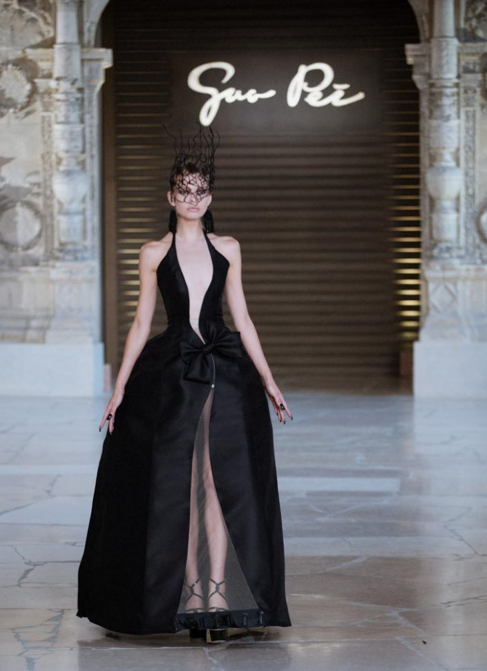 defile guo pei fashion week