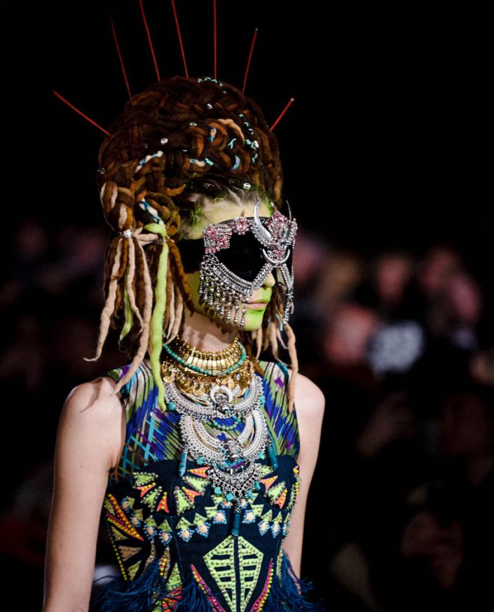FASHION WEEK MANISH ARORA CATWALK