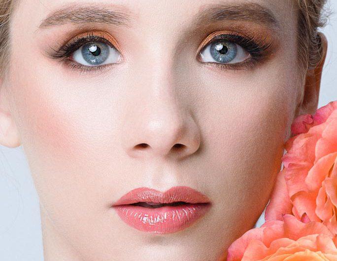 portrait beaute retouchee fleur rose