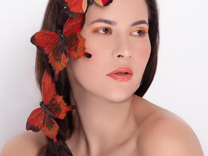 portrait papillon femme beauty